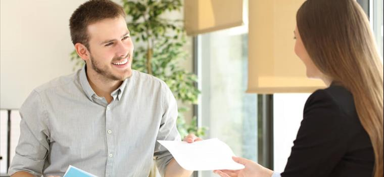 Emprego temporário no fim do ano: tudo o que você precisa saber